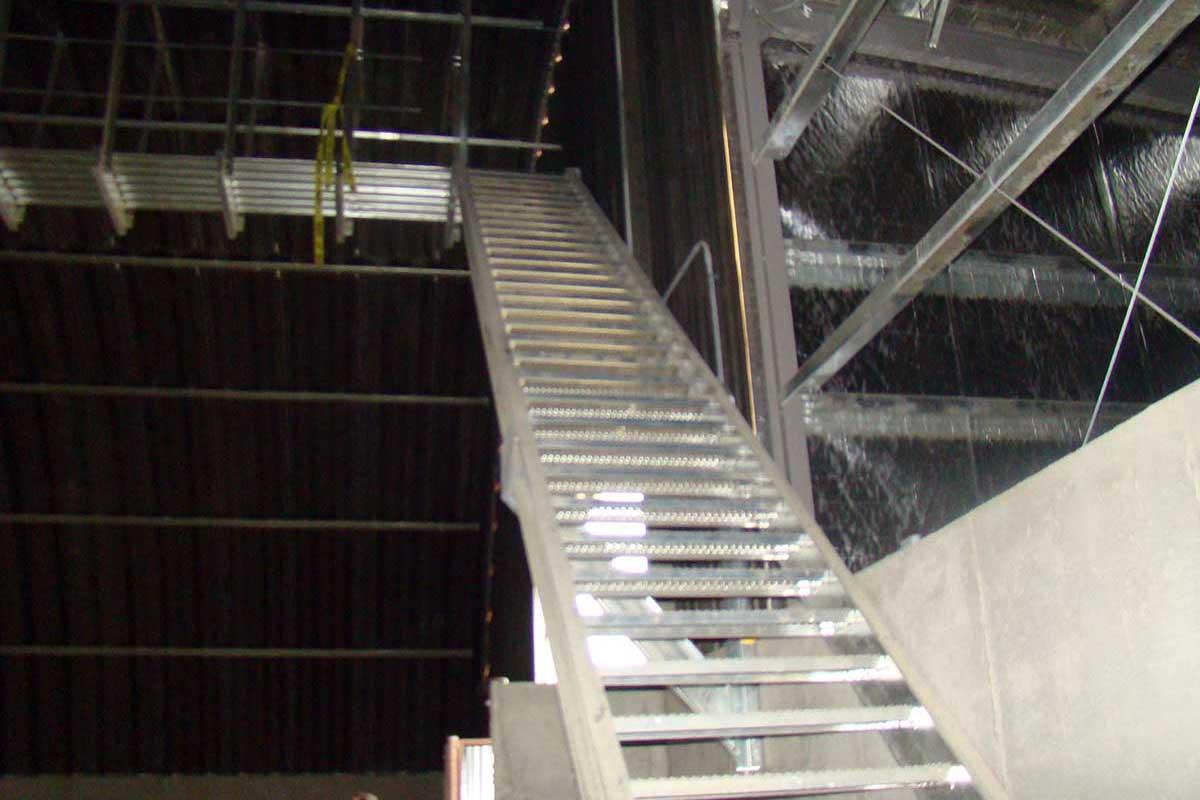 Meridian Mfg. - Escaliers