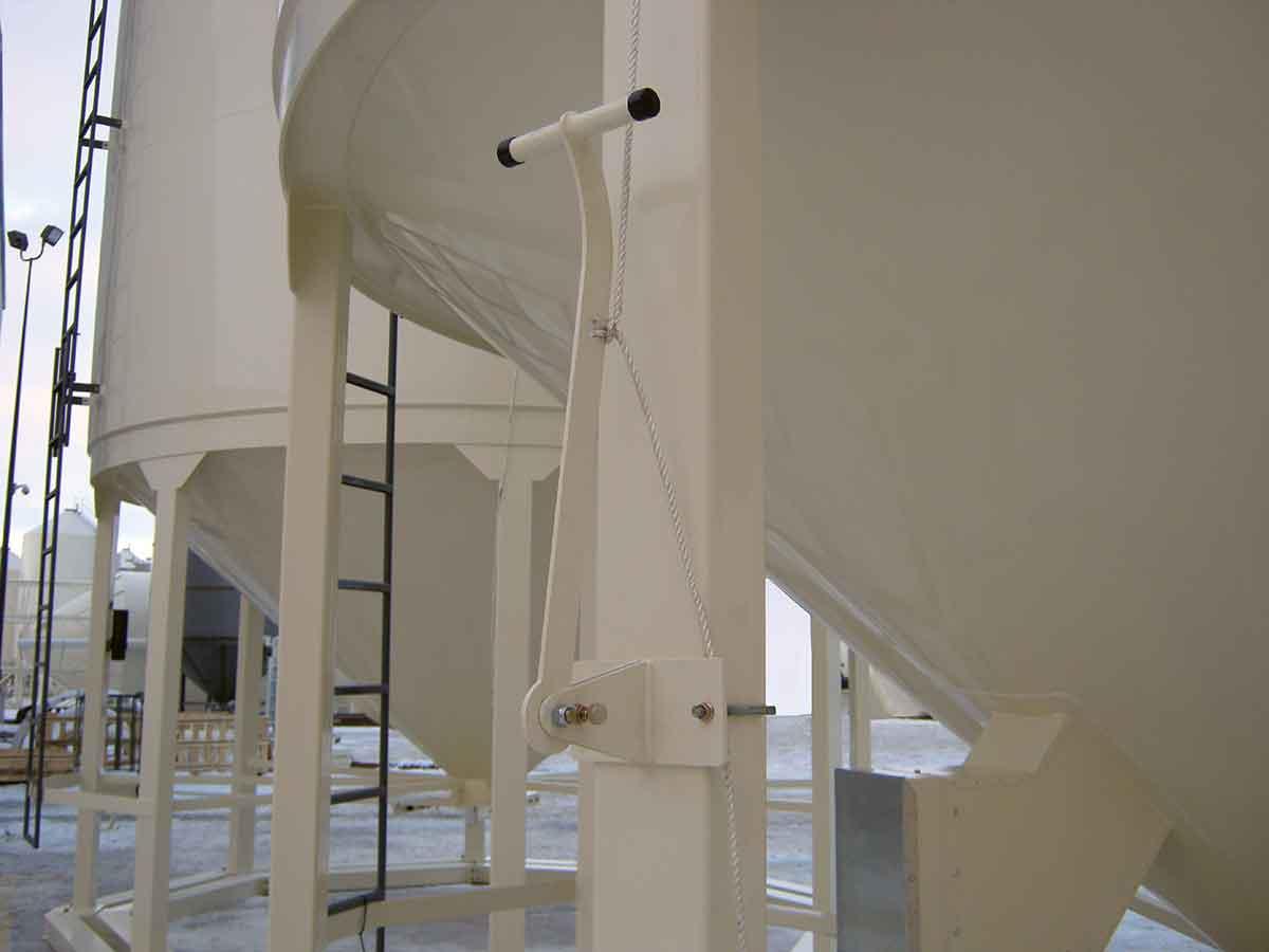 Meridian Mfg. - Dispositif d'ouverture de couvercle de silo